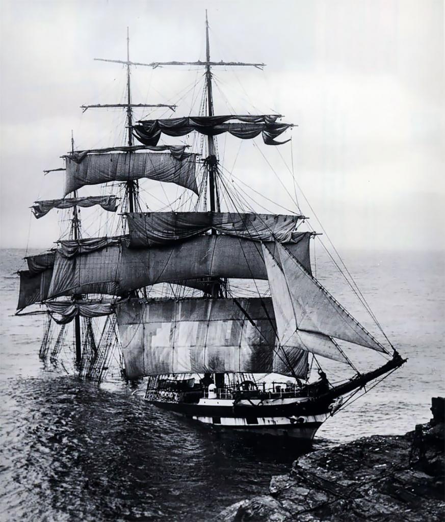 Больше столетия семья Гибсонов запечатлевала на камеру корабли, потерпевшие крушение у берегов Британии: теперь фотографии стали доступны общественности (фото)