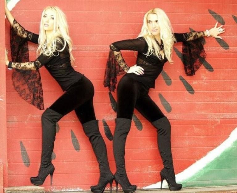Как сестры из Украины в возрасте под 40 стали успешными моделями и певицами в США