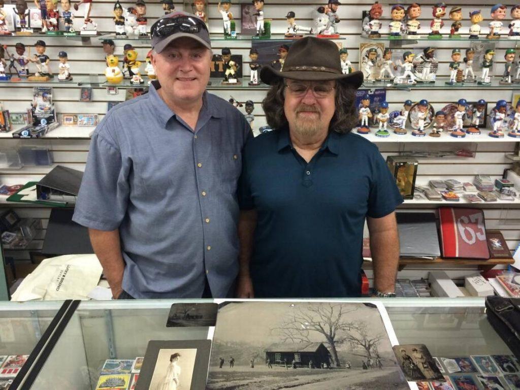 Мужчина купил старую фотографию за $2, но теперь ее настоящая стоимость оценивается в $5 млн