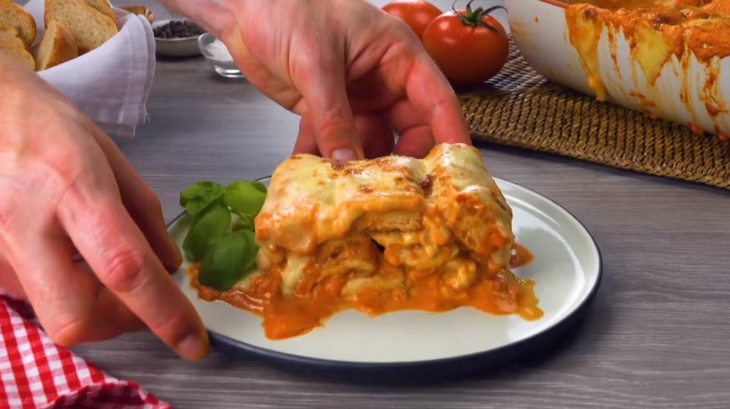 Куриная запеканка с томатами и сыром: простой рецепт