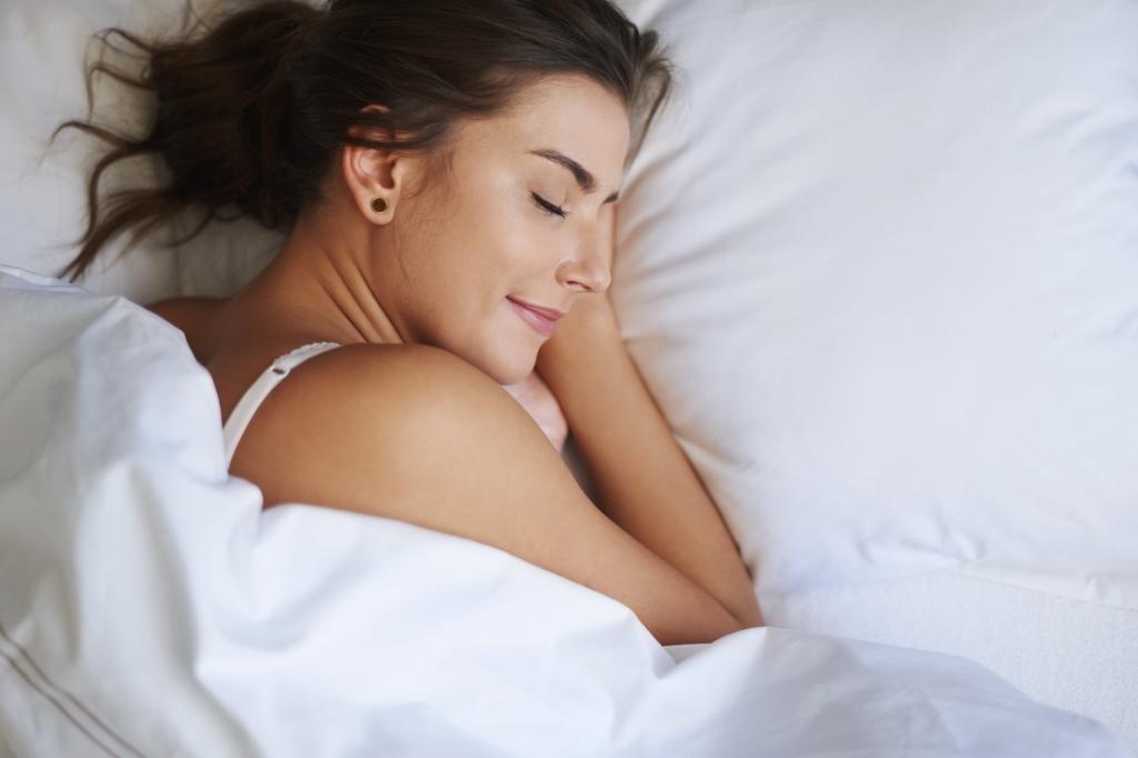 Худеем во сне: врачи объяснили, почему диеты не работают без полноценного ночного отдыха