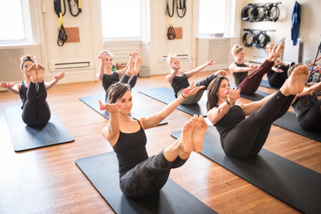 Personal Gym Sports Yoga Fitness Palimas 1