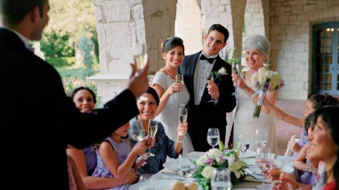 Как произнести свадебный тост, чтобы он надолго запомнился молодоженам?