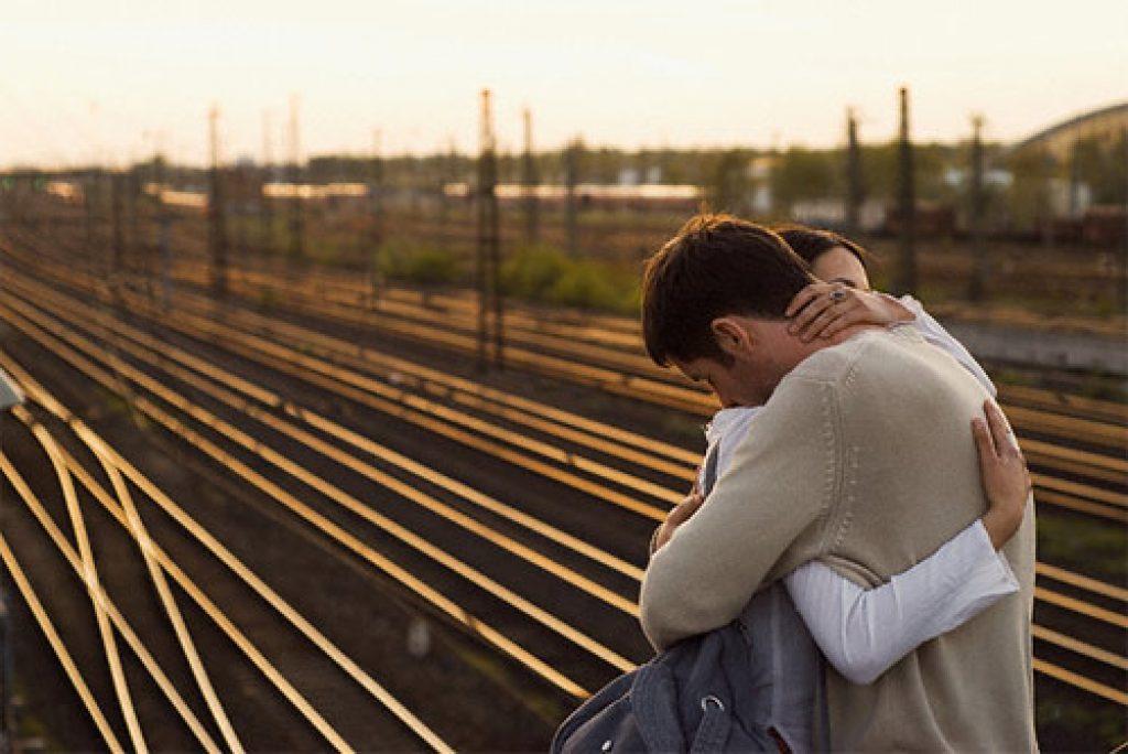 грустные картинки про расстояние между любимыми со смыслом картинки этой