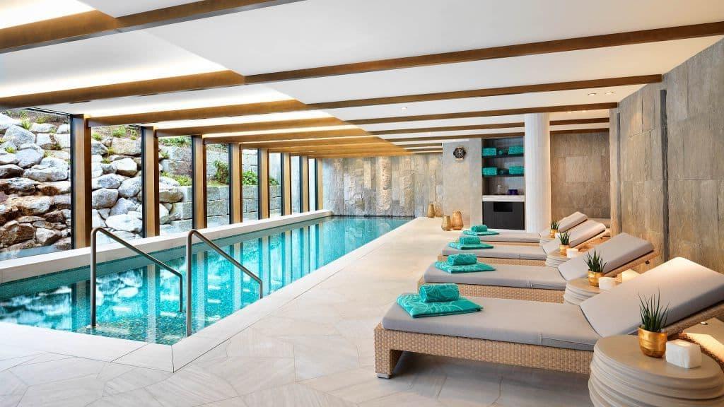 Отель, в котором отдыхал сам Фредди Меркьюри: Atlantis - настоящая швейцарская роскошь