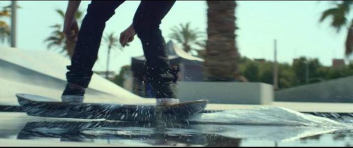 Новые фантазии от Lexus: скейтборд на магнитном поле