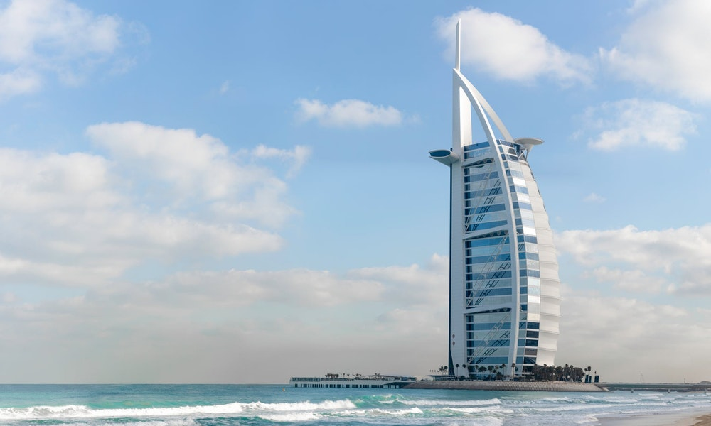 В ближайшее время ОАЭ откроет новую туристическую визу, позволяющую оставаться в стране на срок до пяти лет