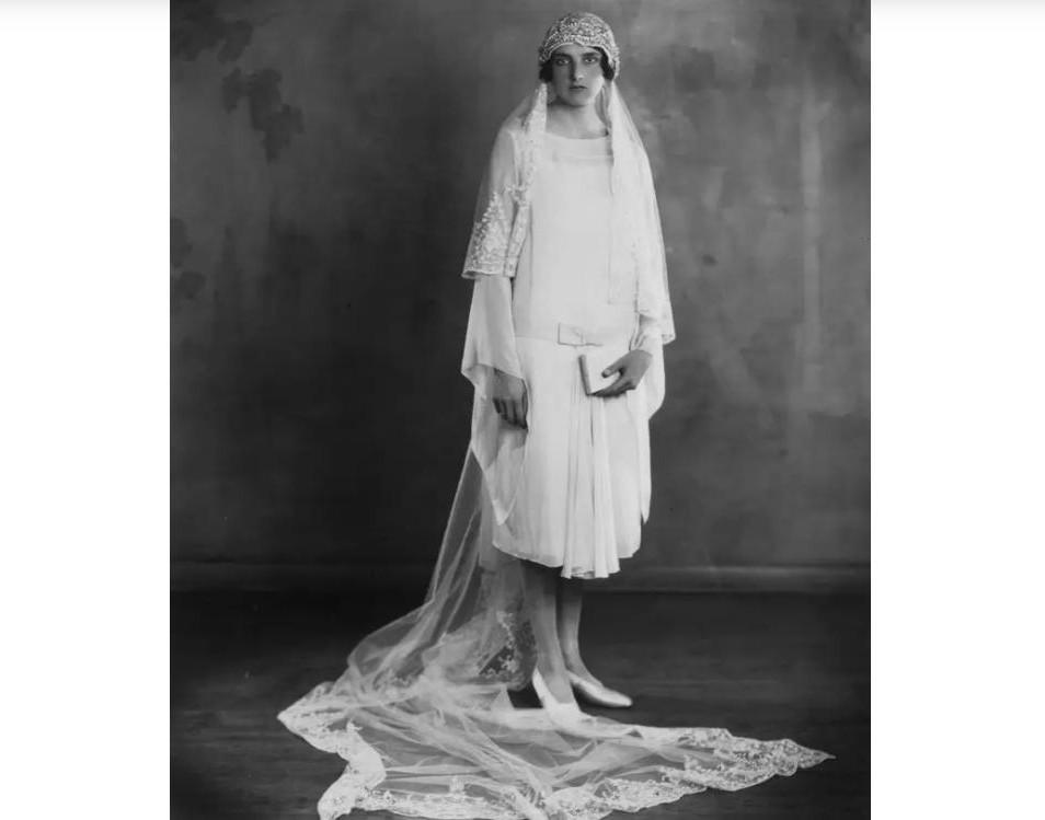 10 винтажных фотографий, которые расскажут, какими были свадьбы сотни лет назад