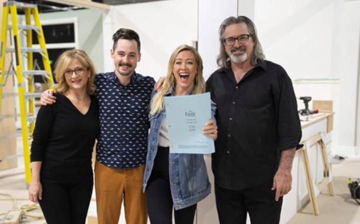 """Сюжет должен быть более креативным: Disney приостановил съемки продолжения сериала """"Лиззи Магуайер"""", которого фанаты ждали более 15 лет"""