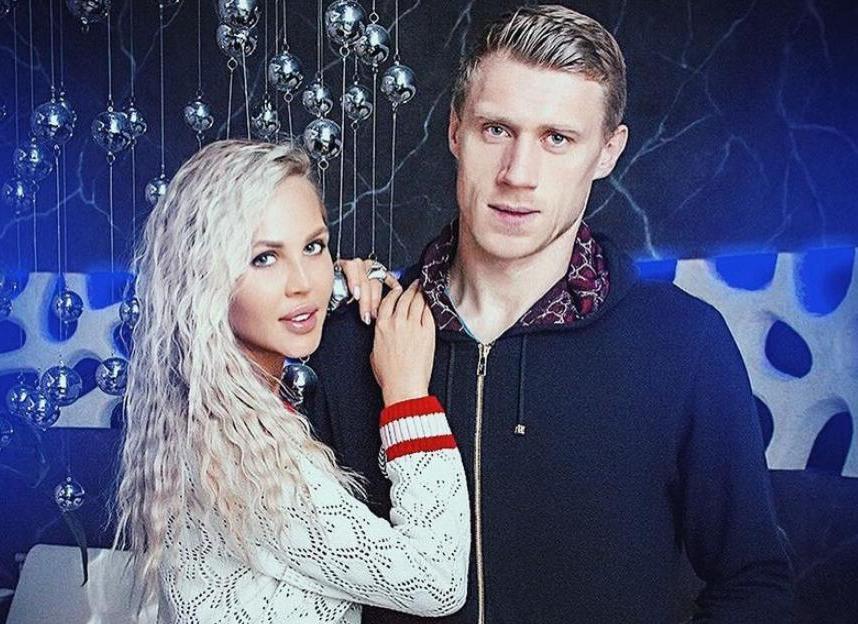 Жена футболиста Павла Погребняка простила таксиста, высадившего ее с вещами из машины