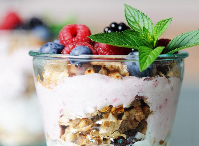 «Здоровые» продукты, которые стоит поскорее исключить из рациона