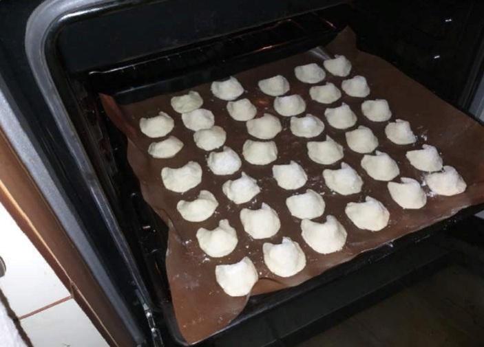 Творог, маргарин, мука: из трех продуктов делаю волшебное печенье с предсказаниями. Рецепт