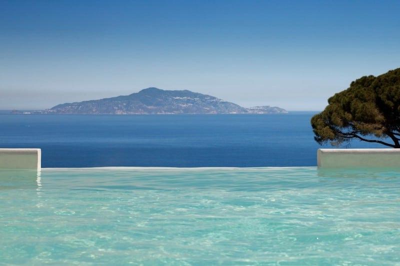 Гостиничная компания Jumeirah Group добавила в свое портфолио итальянский отель Capri Palace