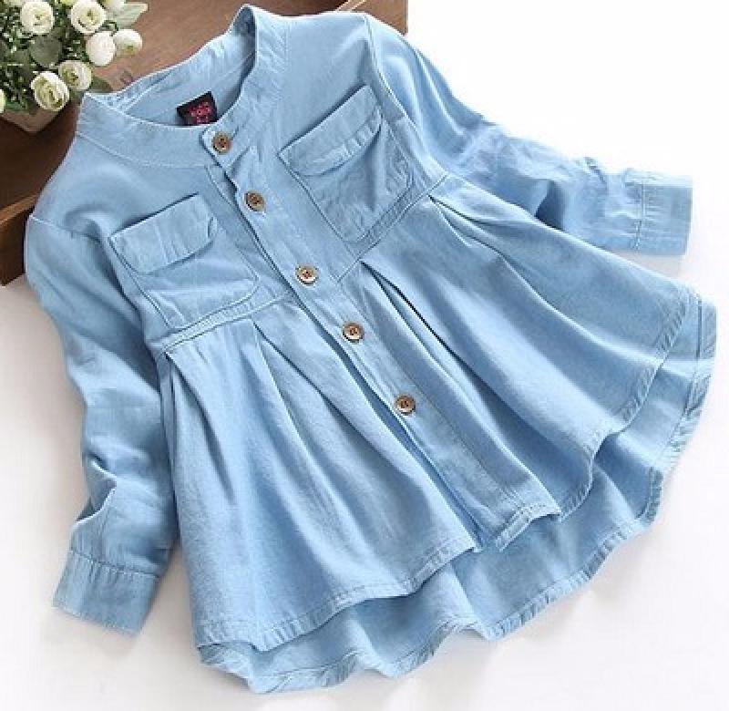 Наряды для своей дочки шью из старых папиных рубашек: малышка в восторге