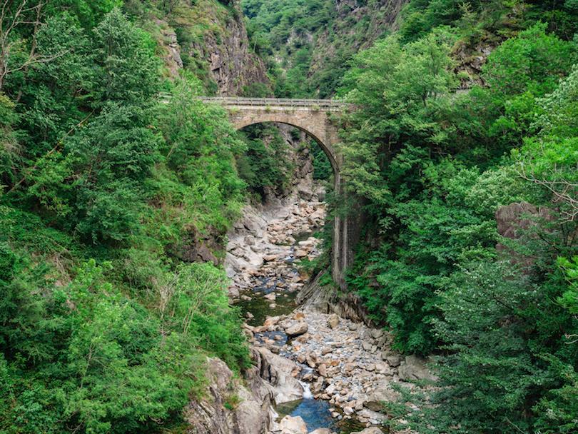10 самых красивых национальных парков Италии: почему о природе этой страны слышал весь мир