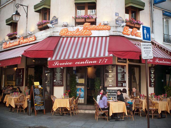 Не стоит засиживаться в кафе: ошибки туристов в Париже