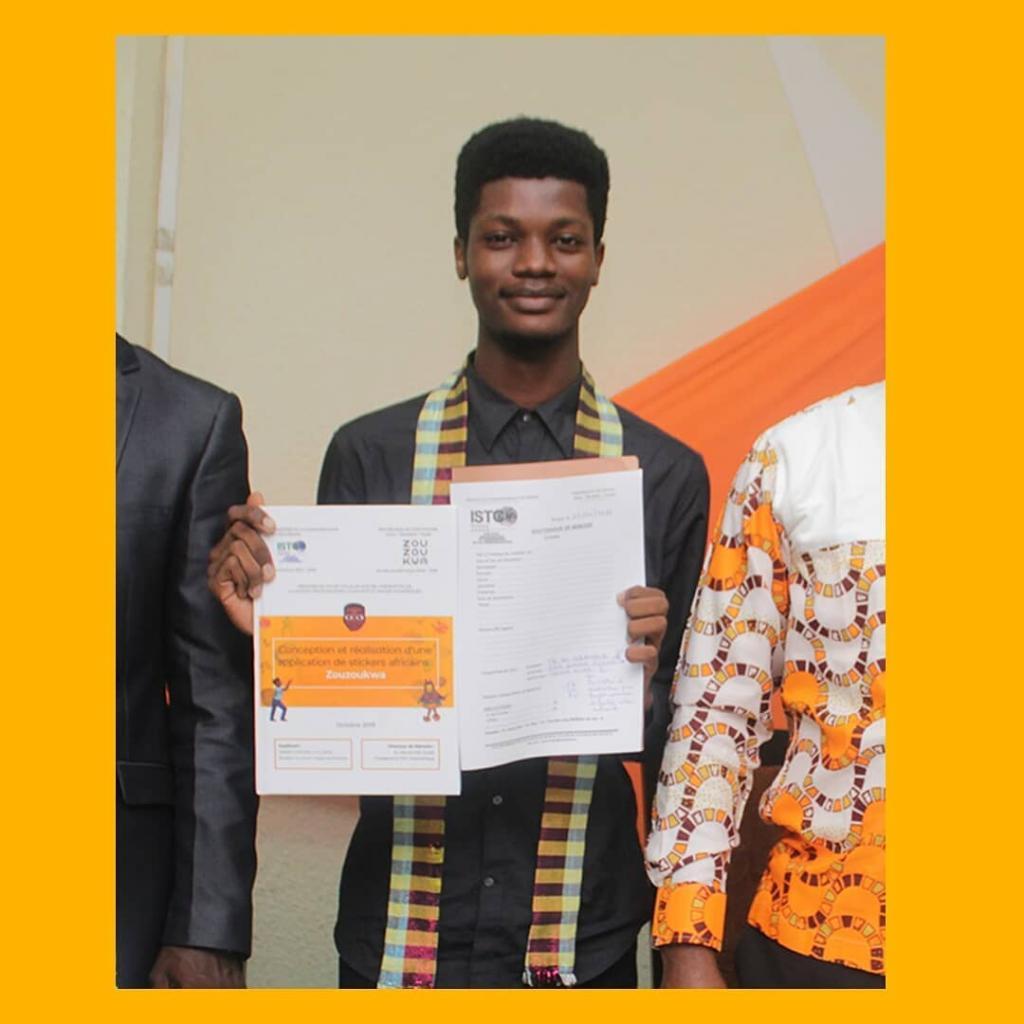 Патриотичный дизайнер смайликов: 22-летний студент продвигает африканскую культуру через эмодзи на клавиатурах смартфонов
