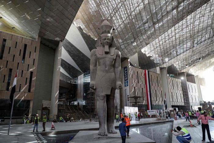 Почему вам стоит посетить Каир: интересные факты, вкусная еда, исторические храмы и не только