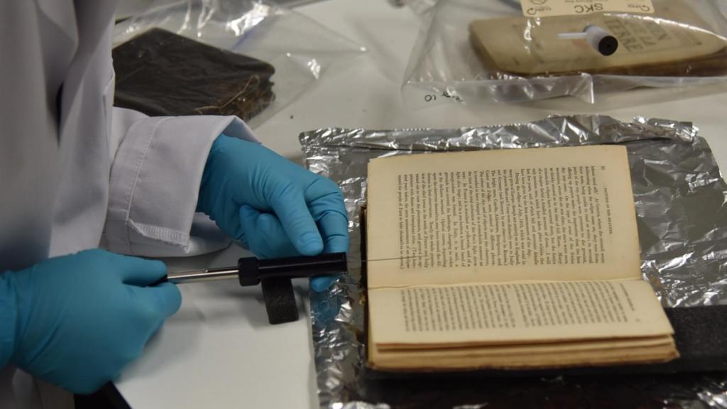 Архив ароматов: как британские ученые спасают запахи от вымирания