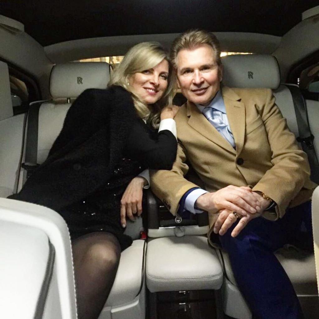 61-летний Александр Малинин решил омолодиться. Поклонники сравнивают его с женой Эммой: фото