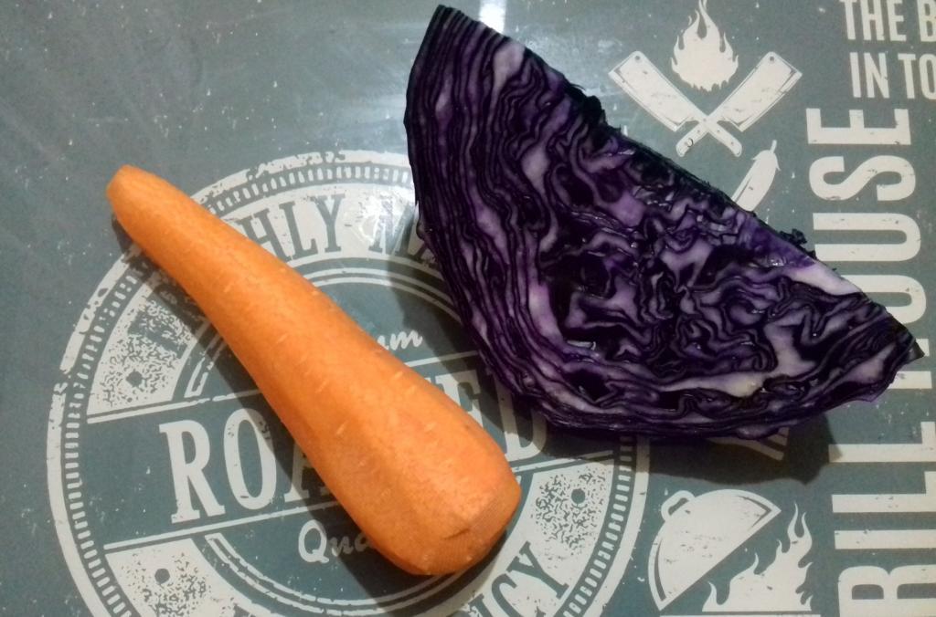 Салат из двух овощей, который пользуется популярностью в одном из киевских кафе