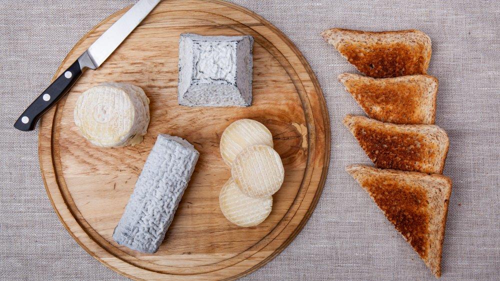 Мини-чемпионат, вечер сыра и вина и не только: как устроить лучшее свидание в 2020 году с собственным супругом
