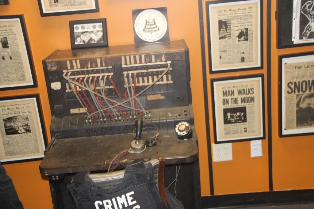 Оружие, гангстеры, полиция: в Южной Флориде открылся музей истории криминала