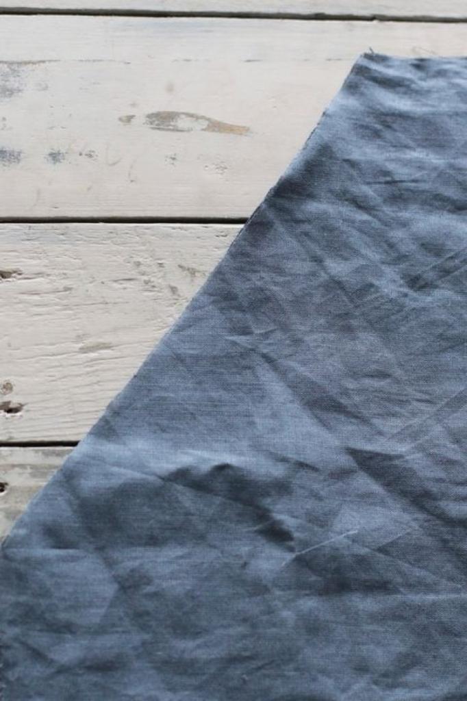 Просто, но очень стильно: как сшить красивый однотонный фартук из натурального льна