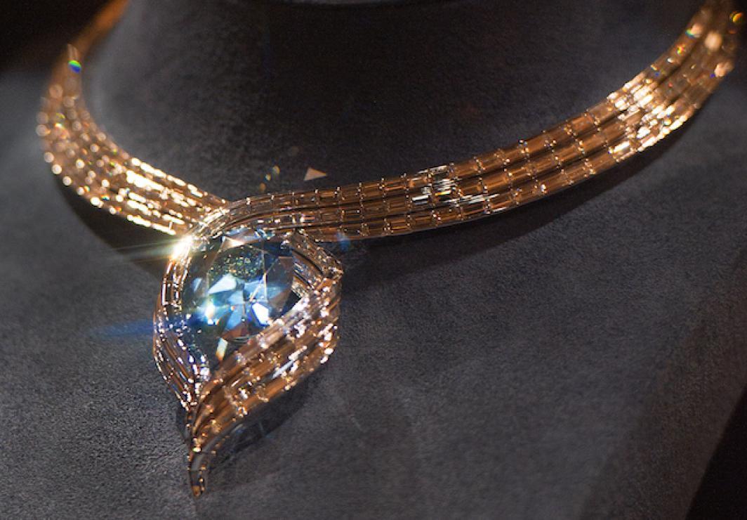 Ювелирные украшения из алмазов фото