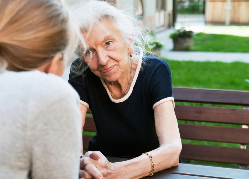Предприниматель услышал в налоговой, что у пожилой женщины собираются отобрать дом: он выплатил ее долг в 5 000 долларов