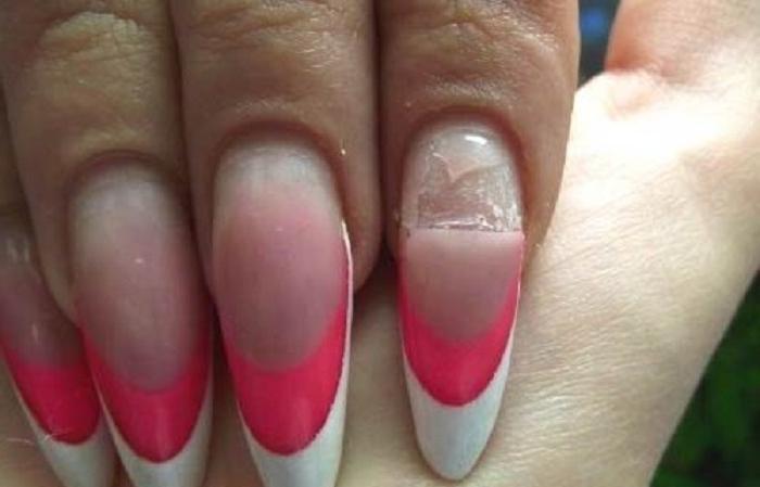 За время карантина ногти сильно отрасли, знакомый мастер рассказала, как снять гель-лак в домашних условиях: у меня получилось