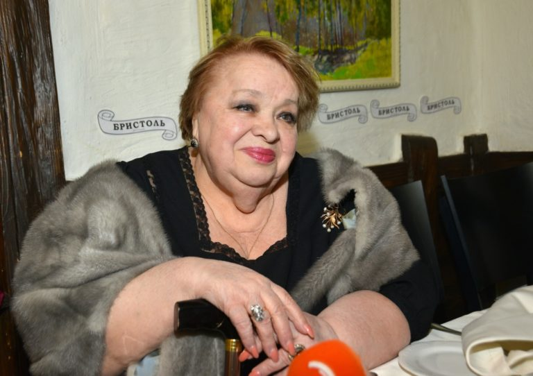 Любимой Натальи Крачковской не стало 5 лет назад. Где похоронена актриса, как выглядит ее могила (фото)