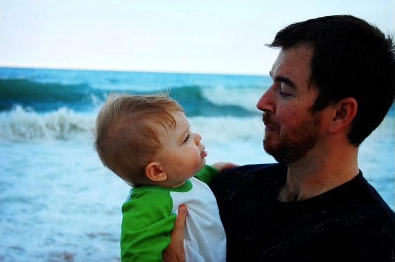 """В 2007 году в """"грозного"""" малыша влюбился весь мир. Каким он стал спустя 13 лет"""