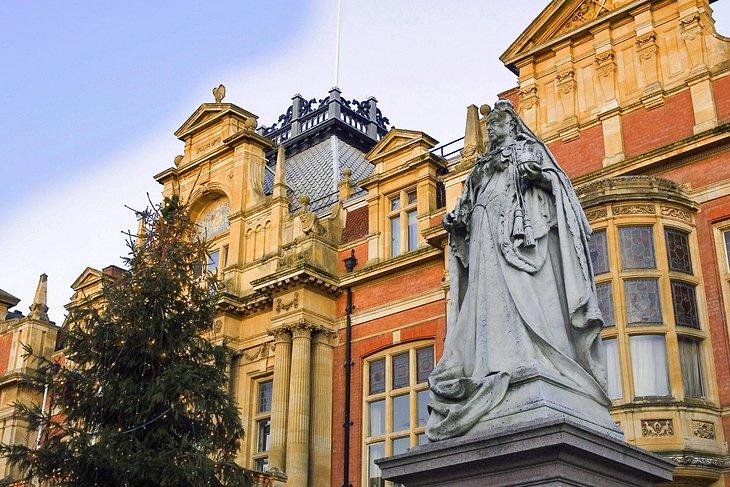 Самые популярные достопримечательности английского города Уорика: изучаем городской замок 14 века и многое другое
