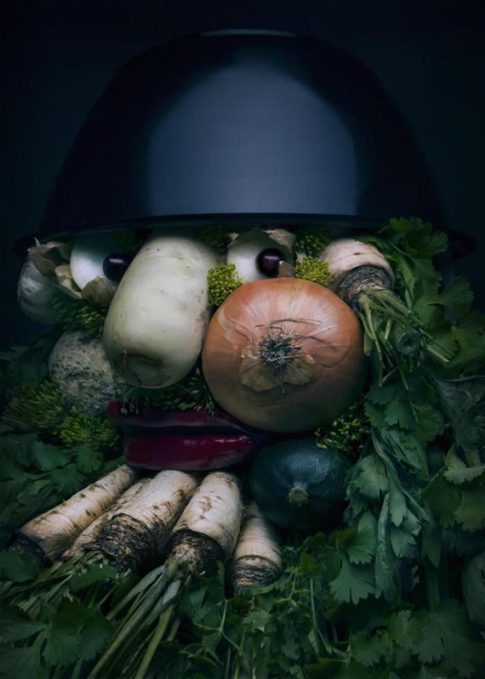 Polish artist creates from fruits and vegetables stunning portraits