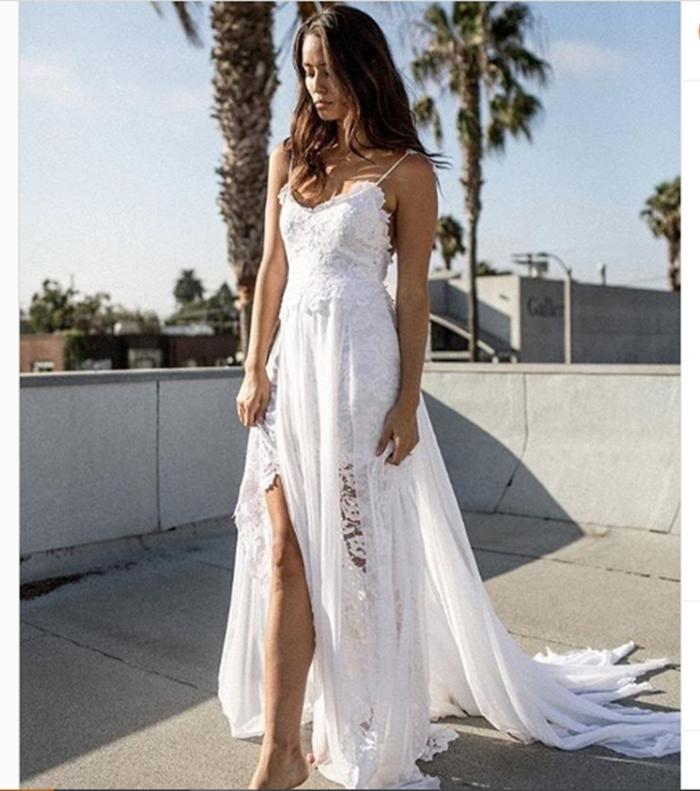 Самое популярное в мире: как выглядит и сколько стоит свадебное платье, в котором вышли замуж более 2,5 млн невест