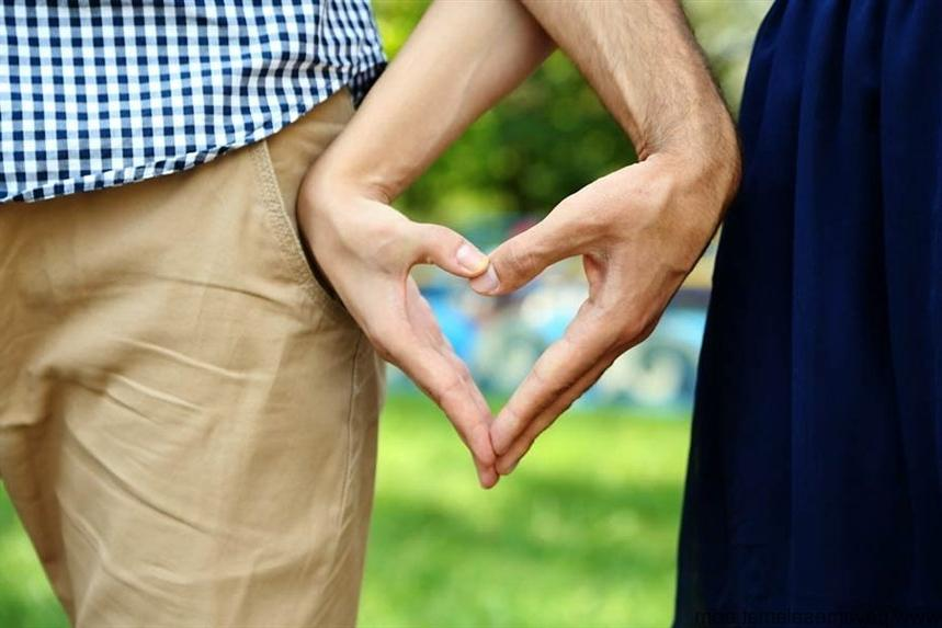 Когда пара пришла подать заявление на регистрацию брака, им отказали, попросив обратиться в полицию