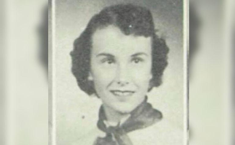 В средней школе был найден кошелек 1950-х годов: это была капсула, скрывающая историю любви