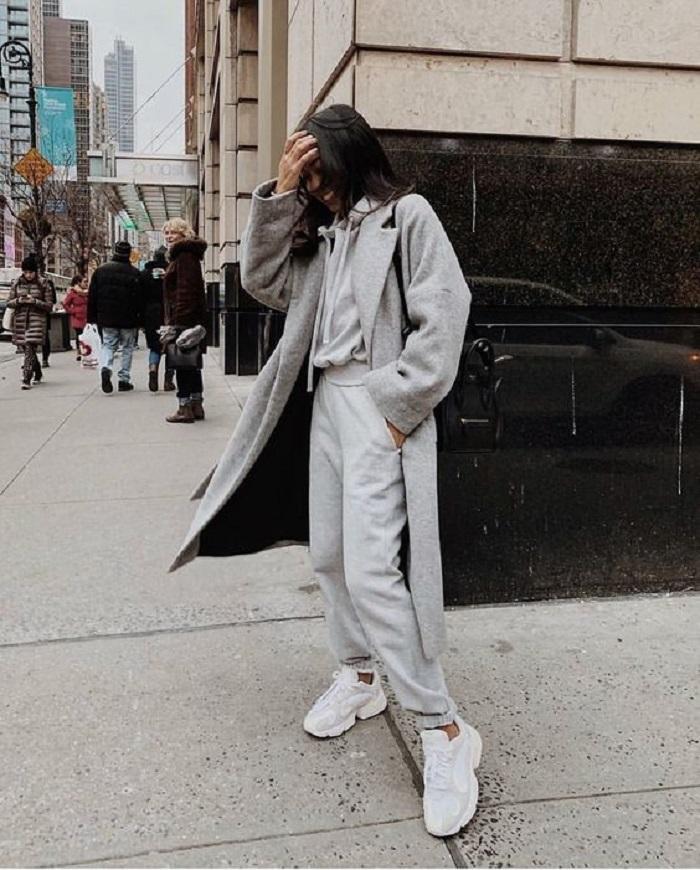 Как выглядеть стильно в спортивных штанах: правильный цвет и другие секреты для модного образа