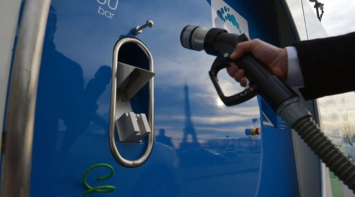 Емкости из нового материала способны хранить больше водородного топлива: инновация от ученых