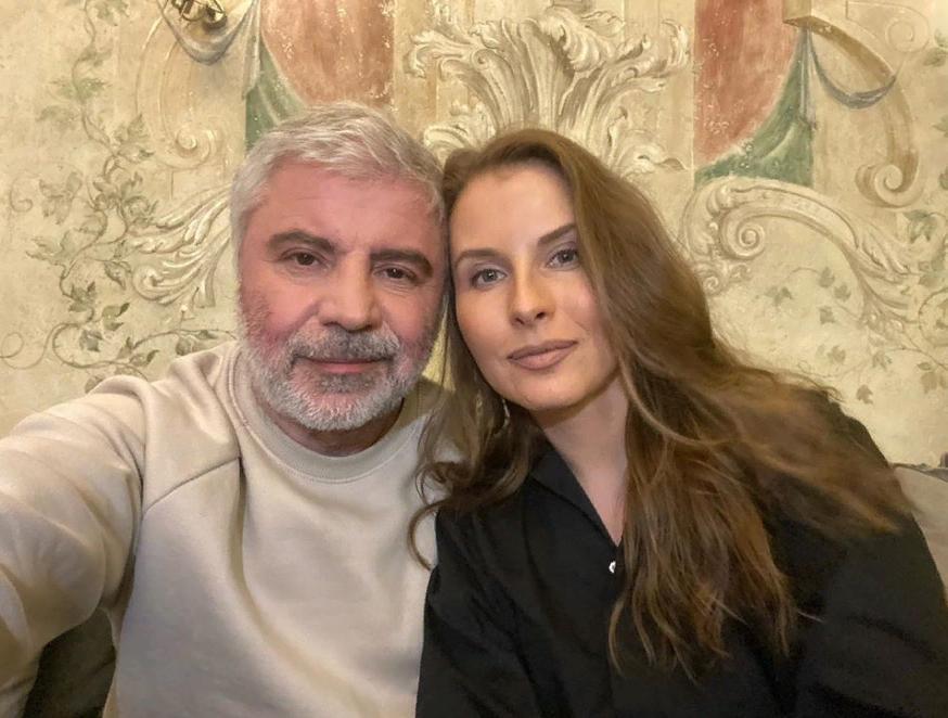 Возраст ей к лицу: Сосо Павлиашвили с красавицей-женой
