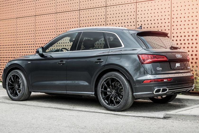 Двухцветный дизайн колес, быстрый разгон: компания-тюнер ABT Sportsline усовершенствовала характеристики Audi Q5 Plug-In Hybrid