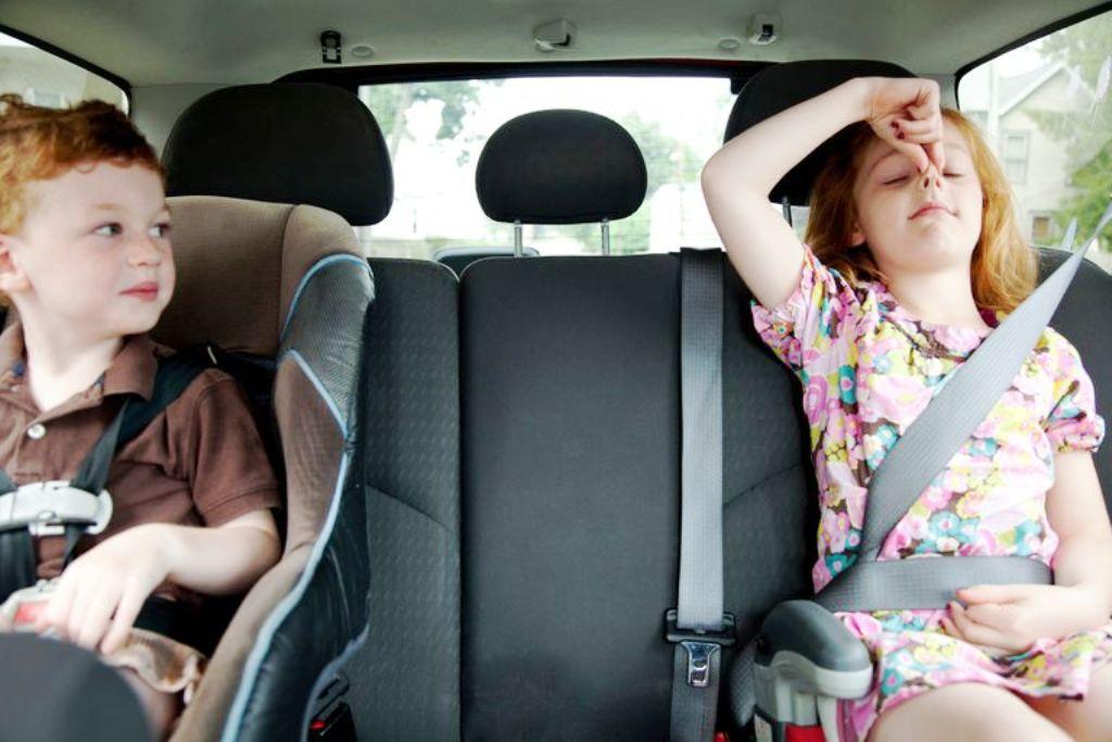 Запахло уксусом - пора ремонтировать машину: причины появления посторонних запахов в салоне автомобиля