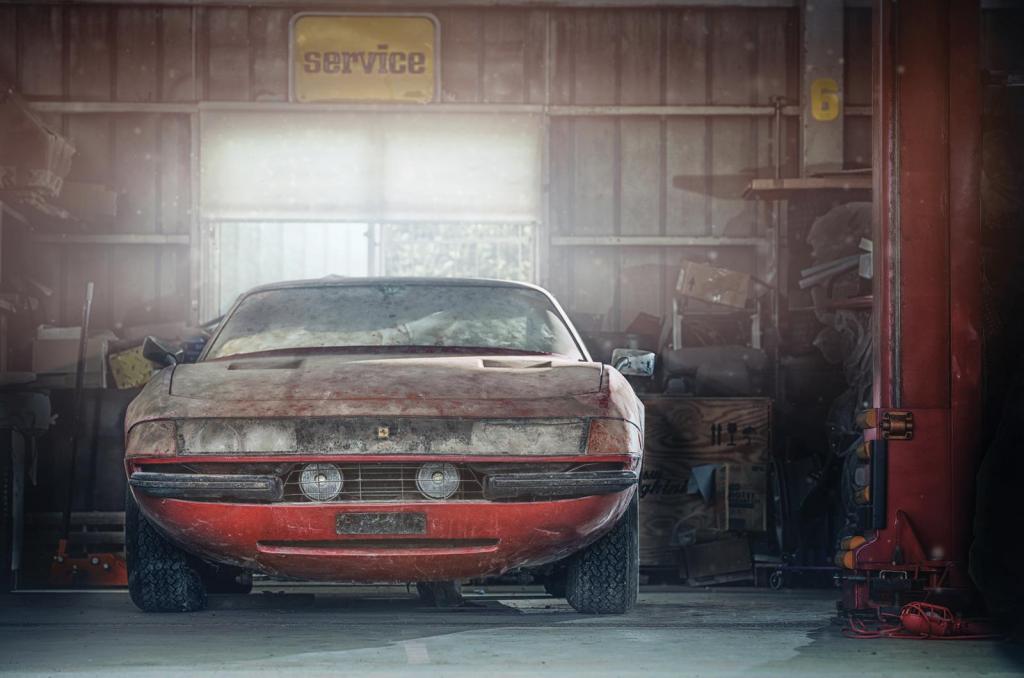 Спустя десятилетия их нашли пыльными: истории потерянных машин Ferrari
