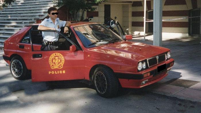 Alfa Romeo, BMW, Porsche, Mercedes: в 1990-х годах в Греции был мощный парк полицейских машин для борьбы с уличными гонщиками