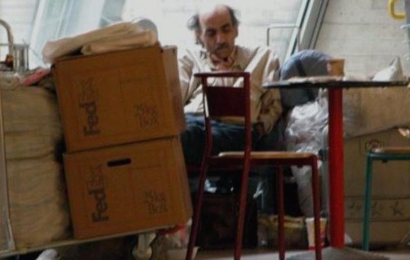 Мужчина 26 лет жил с паспортом гражданина СССР: 10 историй людей, которые не имели гражданство ни одной из стран мира