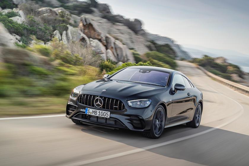 Тайна раскрыта: компания Mercedes-Benz наконец-то представила обновленный вариант модели E-Class в кузовах купе и кабриолет