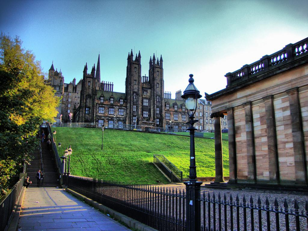 edinburgh asian personals Have fun with people in edinburgh today find a date or something more with a sexy edinburgh single at afroromance thanks to afroromance, countless people have gone from being single to being in a committed and healthy relationship.