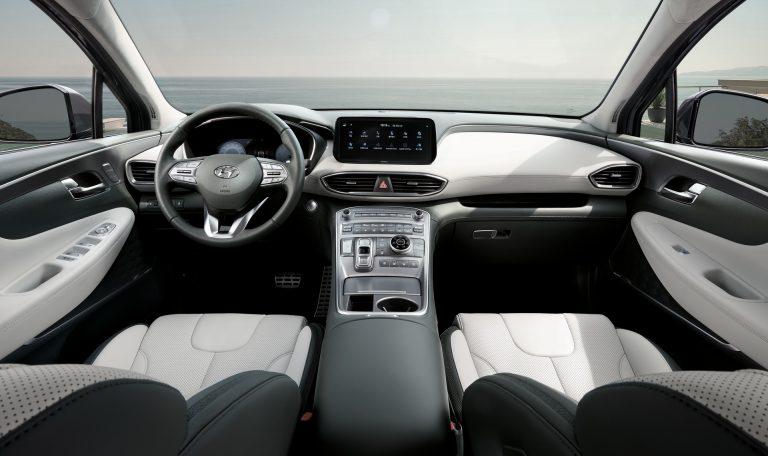 Решетка интегрирует основные фары: Hyundai наконец представил обновленный 2021 Santa Fe 2021 года на новой платформе