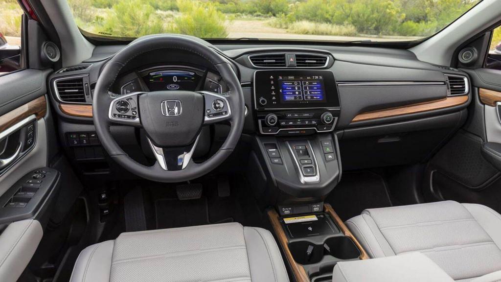 Гибрид Honda CR-V 2020 предупреждает пешеходов звуковым сигналом